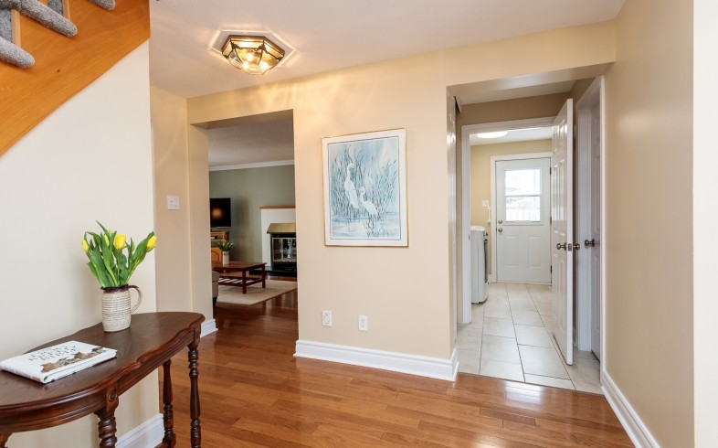Photo 15 for 1058 Deauville Cres