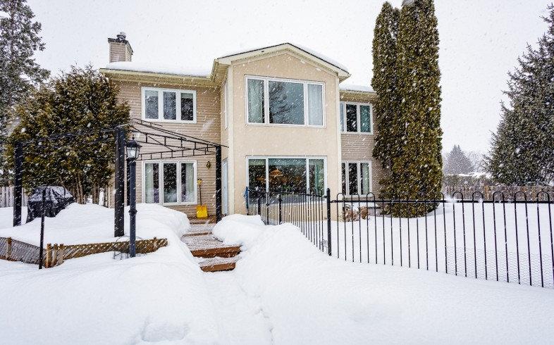 Photo 33 for 1058 Deauville Cres