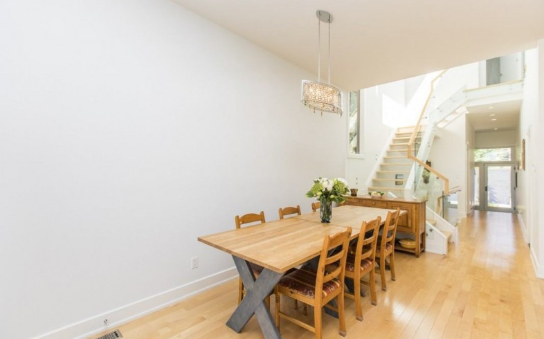 Photo 5 for Sought after Westboro
