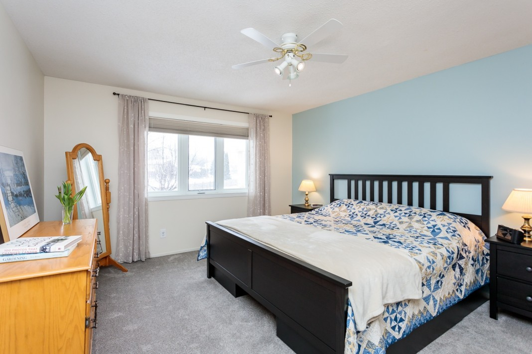 Photo 20 for 1058 Deauville Cres