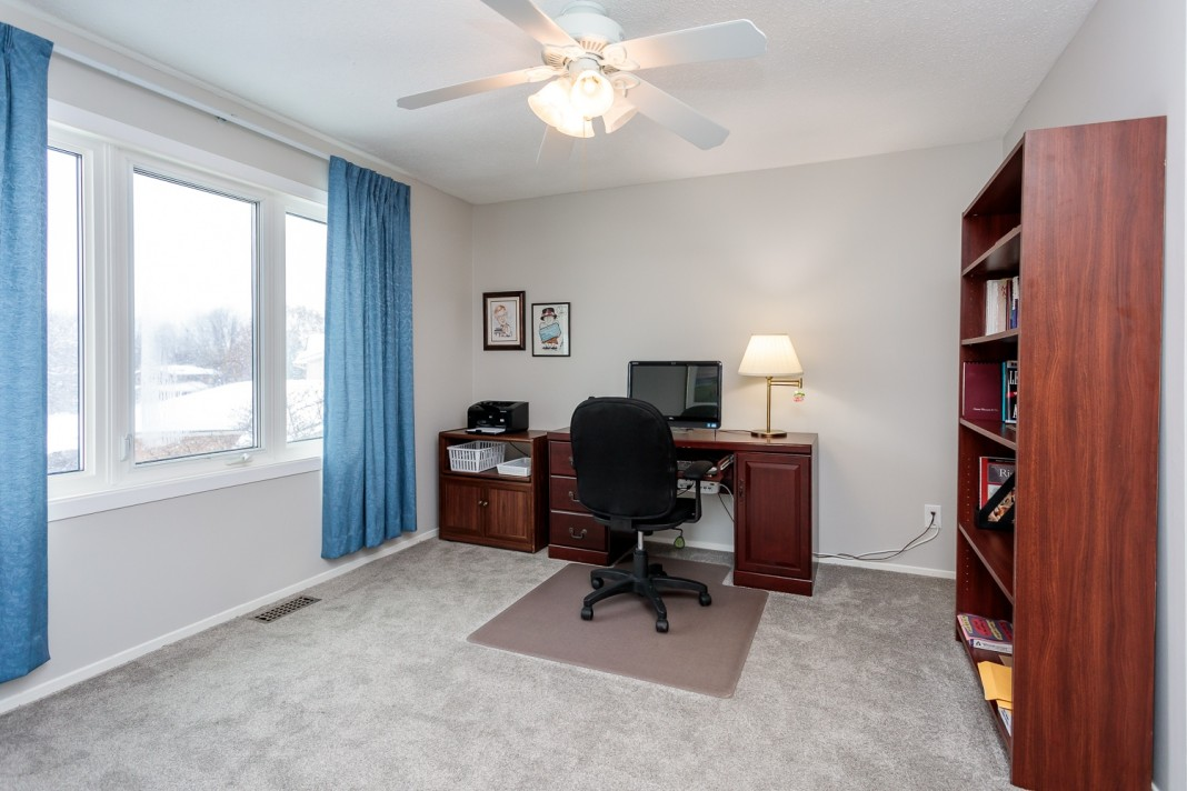 Photo 22 for 1058 Deauville Cres