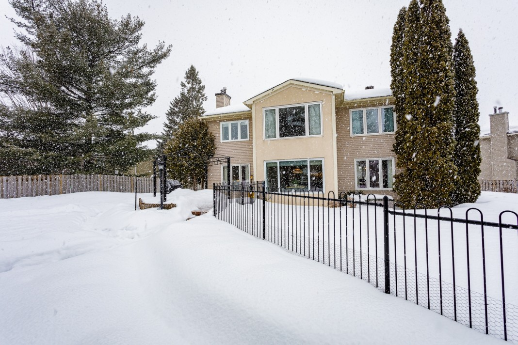 Photo 36 for 1058 Deauville Cres